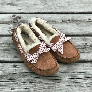 Ugg Bow Top Moccasin Slippers Sherpa Lined